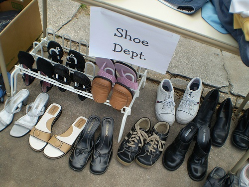 yardsale_shoes