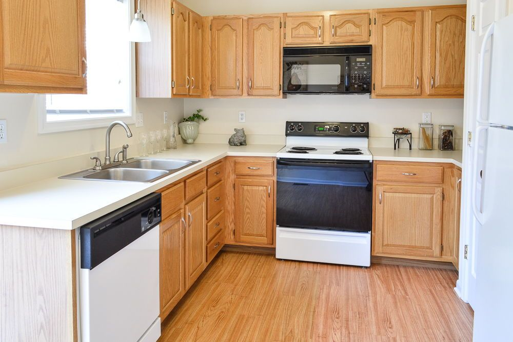 La Collina Townhomes Kitchen